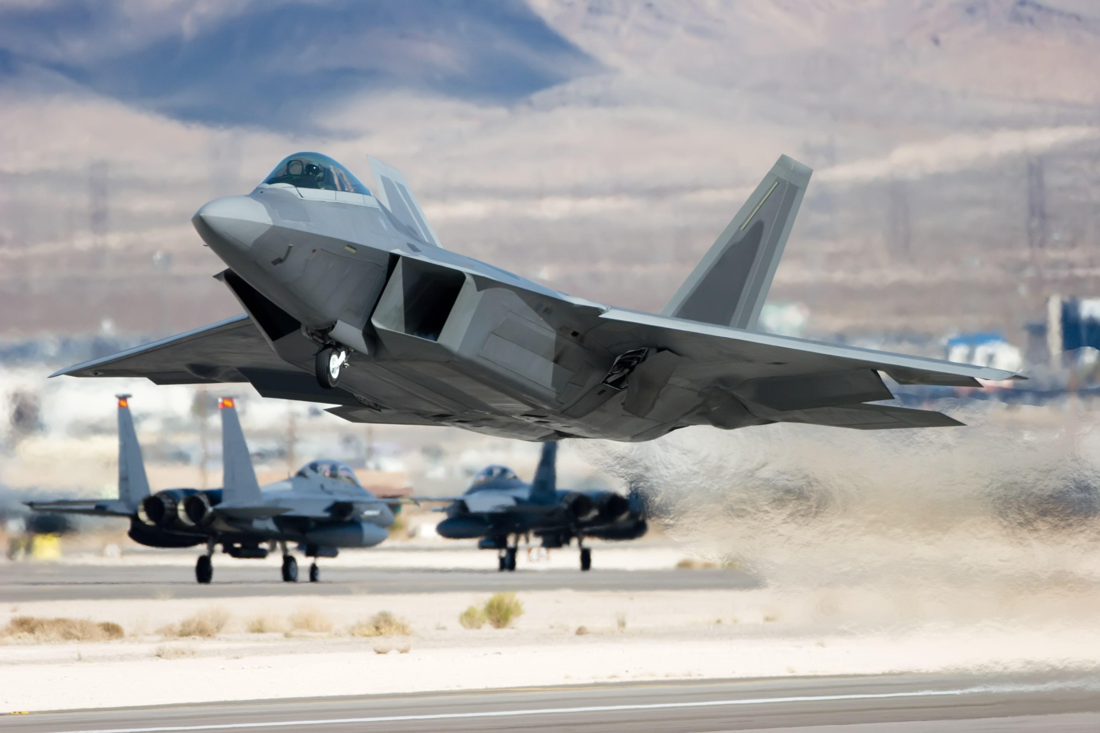ground-support-jet-takeoff