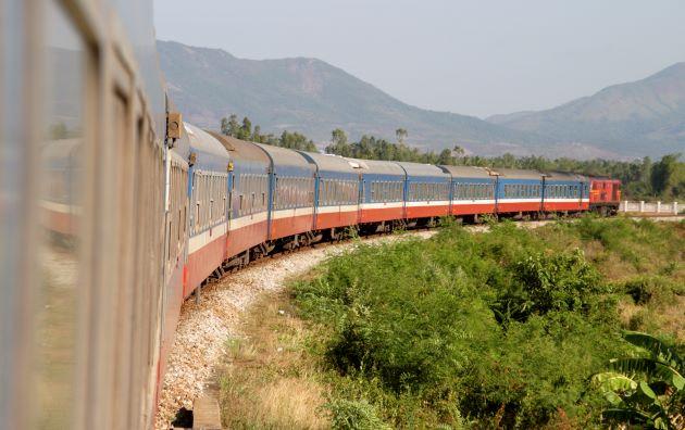 transit-cooling-long-distance-train-website